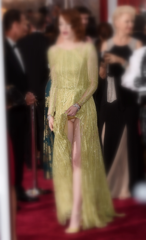 Celana-Dalam-Emma-Stone-Terlihat-Saat-Menghadiri-Ajang-Oscar-2015