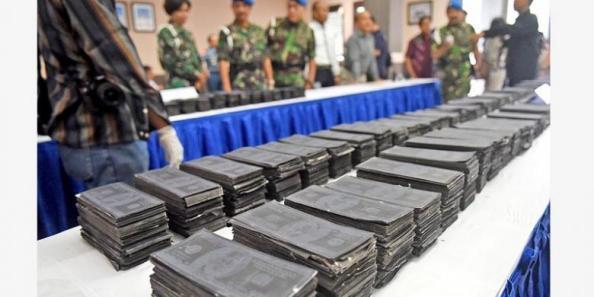 Polisi-Militer-Angkatan-Laut-Gagalkan-Peredaran-Black-Dollar